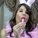 Junges Bunny braucht eine cremige Leckerei – Teil 1 von 2