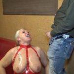 Extreme User-Pisse-Orgie mit schlucken! 4 User pissten mir ins Maul!